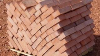 В январе-июле 2014 года увеличилось производство строительного и силикатного кирпича