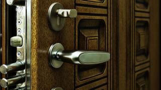 Бронированные входные двери