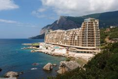 В Крыму остановили все стройки в прибрежной зоне