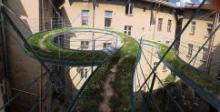 Интересный прогулочный мост создали в Польше