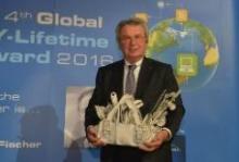 Владелец компании fischer стал обладателем премии за выдающийся вклад в индустрию DIY